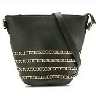 DARK OLIVE - ZALORA Tri-Chain Shoulder Bag - Women Bags - Zip fastening