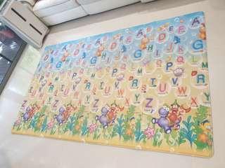 LG Prime Alphabet Jurassic SealandBumper Playmat