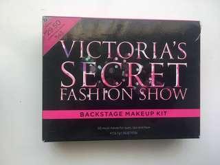 Victoria Secret make up set
