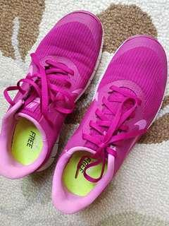 Nike Free (authentic)