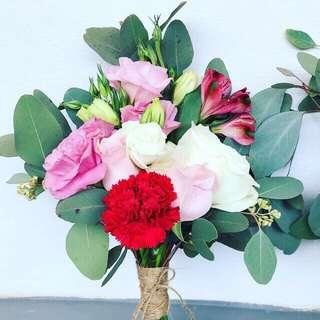 ROM / Bridesmaid bouquets