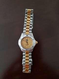 Tag Heuer ladies watch , classic gold and silver tone watch. - TAG HEUER PROFESSIONAL STAINLESS STEEL & GOLD WRIST WATCH