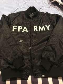 🚚 FPAR 棒球外套