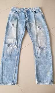 Zara riped jeans