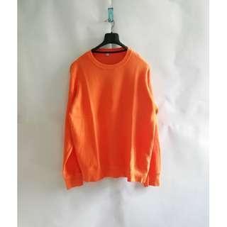 Uniqlo Orange Sweater Crewneck L