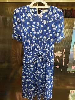 Blue Floral Dress on Sale! 🌳💕
