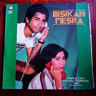 LP- Rafika Duri & Harvey Malaiholo Asih