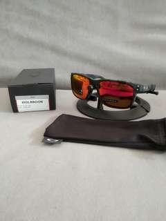 🚚 Oakley holbrook black camo prizm ruby lens