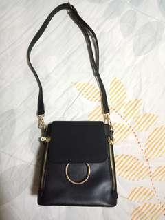 Korea black chain sling bag backpack