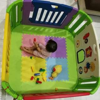 Preloved Baby Play Yard with Play Mat