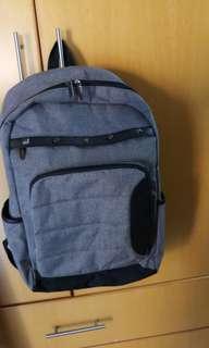 Giles N BROOKS packbag