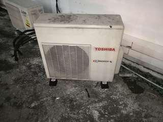 Aircon condenser cleaning