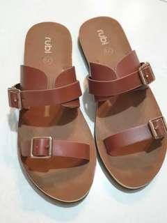 BN Rubi Sandals / Sliders