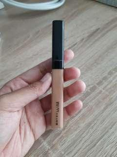 Maybrlline Fit Me Concealer