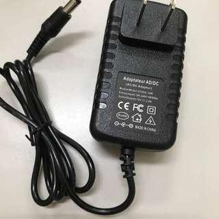 🚚 DC 12V 2A 變壓器 AC 100-240V 50Hz 電源供應器