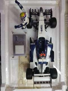 F1 collectible Diecast 1:18 with driver figure