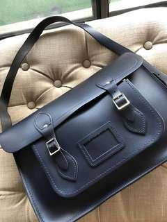 @@ Cambridge style satchel - Used - $49 @@