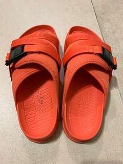 🚚 People水陸兩用鞋(9)號