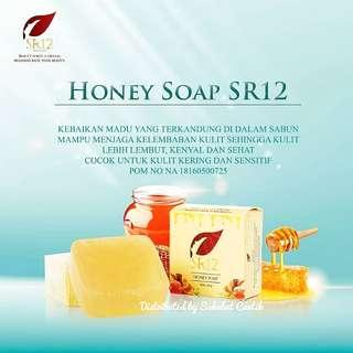 SR12 Herbal Honey Soap | Netto : 60 gram | IDR 22000