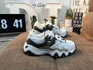 🚚 Skechers 斯凯奇 3代 拼色低帮系带网面透气 厚底休閒鞋  尺寸36-43