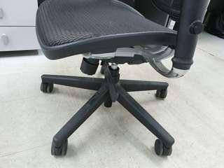 Office black chairs x 4pcs for sale