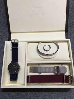 DW手錶 3.8女神節送家人朋友必俻款。現貨便宜