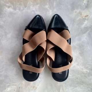 Melissa Good Vibes Black/Brown Shoes (USA 5)