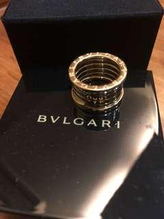 🚚 RARE Beautiful Bvlgari Ring