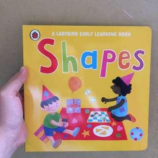 Shapes (A Ladybird Early Learning Book)