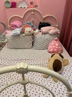 🚚 Princess Bed