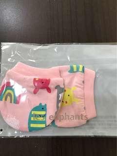 麗嬰房0-6個月手套
