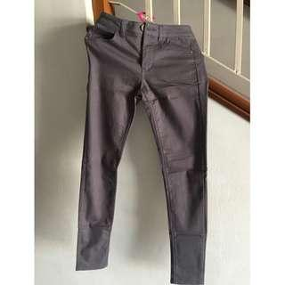 H&M GREY LONG PANTS