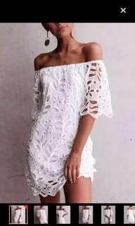 🚚 🆕👗 Yoins White Lace Off the Shoulder Dress.