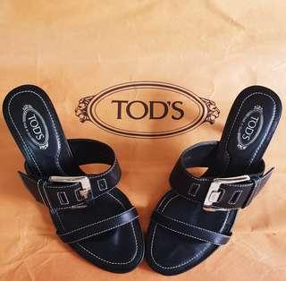 Genuine TOD'S Black Leather Heels with Buckles. Size 25-1/2, Heel 2-3/4 inches. Good condition. WhatsApp 96337309.