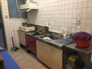 廚房白鐵櫃兩座