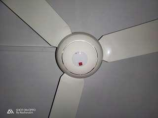 🚚 KDK Ceiling fan with remote