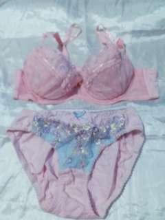 Set Bra n CD size 34A
