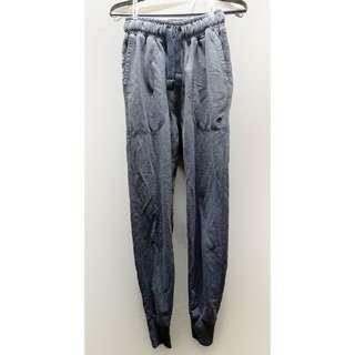 灰藍色棉褲