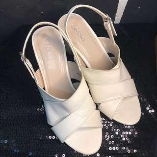 Cerelia Tofu Heels