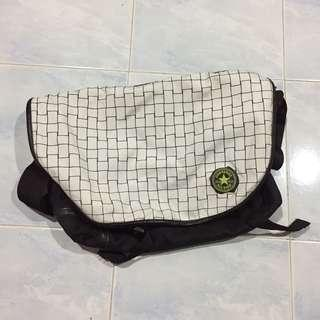 Authentic converse sling bag (Unisex)