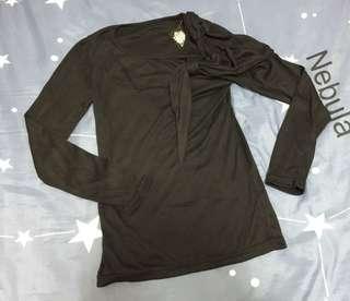 🚚 🤟Amber-全新-肩線假裝飾氣質上衣