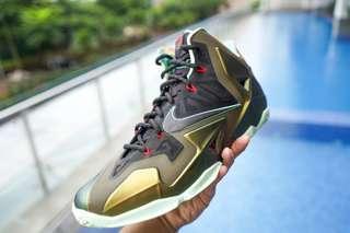 Nike LeBron XI - Men's Sneakers In Court Puple/Silver( Ready Stock ) ORIGINAL