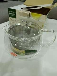 🚚 Glass teapot with infuser