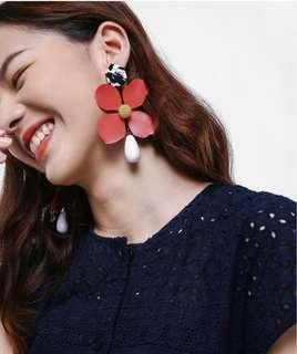 Blume earring