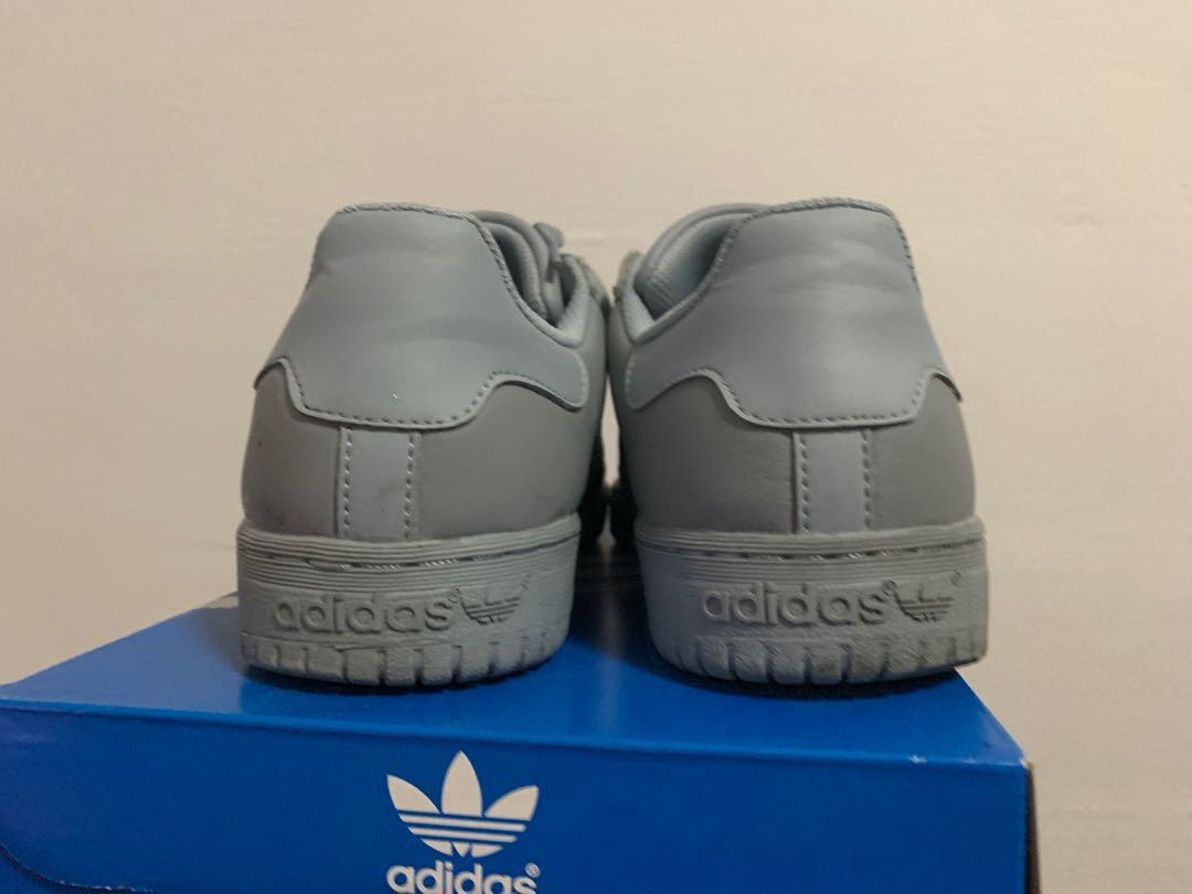 d8a19f0edfb62 Adidas yeezy powerphase