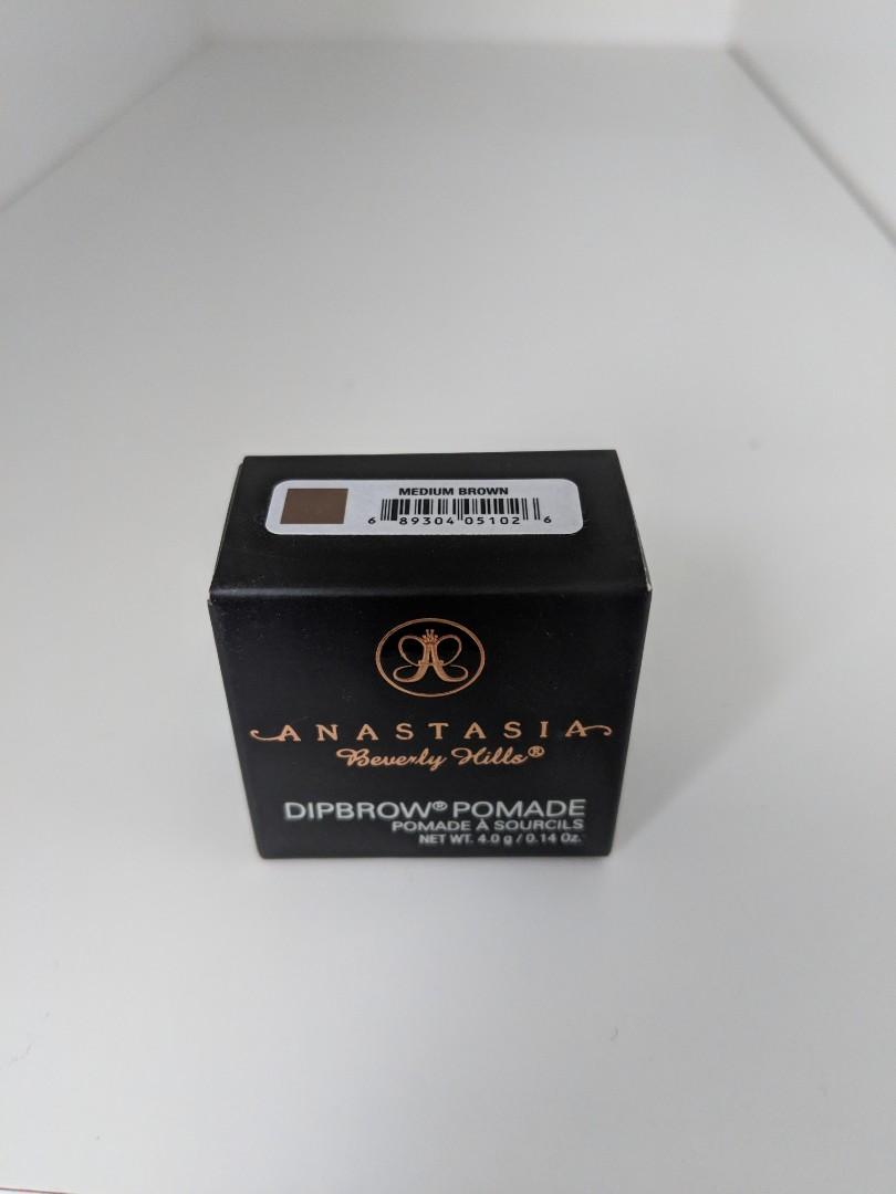 Anastasia Beverly Hills Dip Brow Pomade in Medium Brown