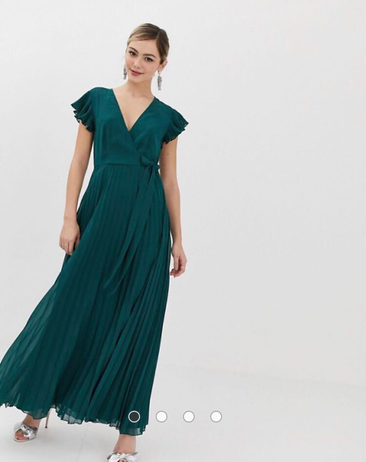 8993c4e85d5 BNIP ASOS DESIGN Petite Pleated Maxi Dress with Flutter Sleeve in ...