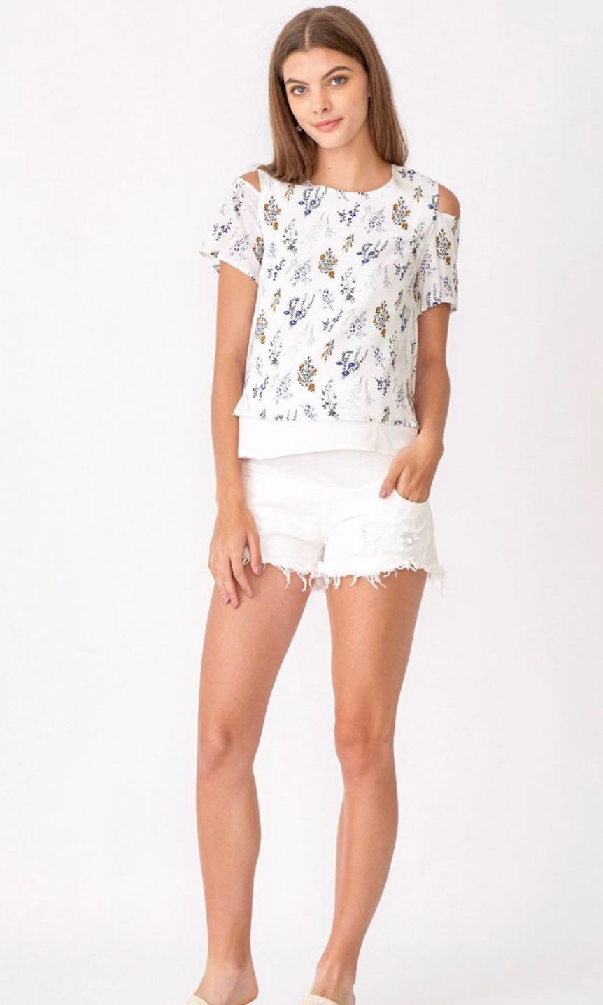 Dear Collective Kate Cold Shoulder Top in Floral