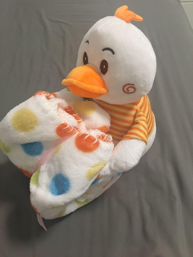Ducky soft toy with blankets
