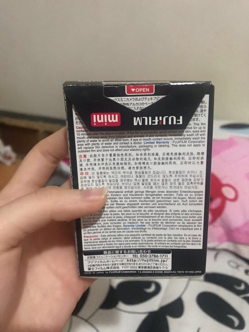 Isi refil instax mini fujifilm untuk polaroid